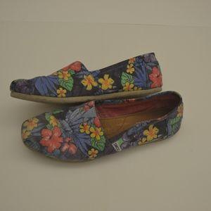 Floral Print Toms Size 10